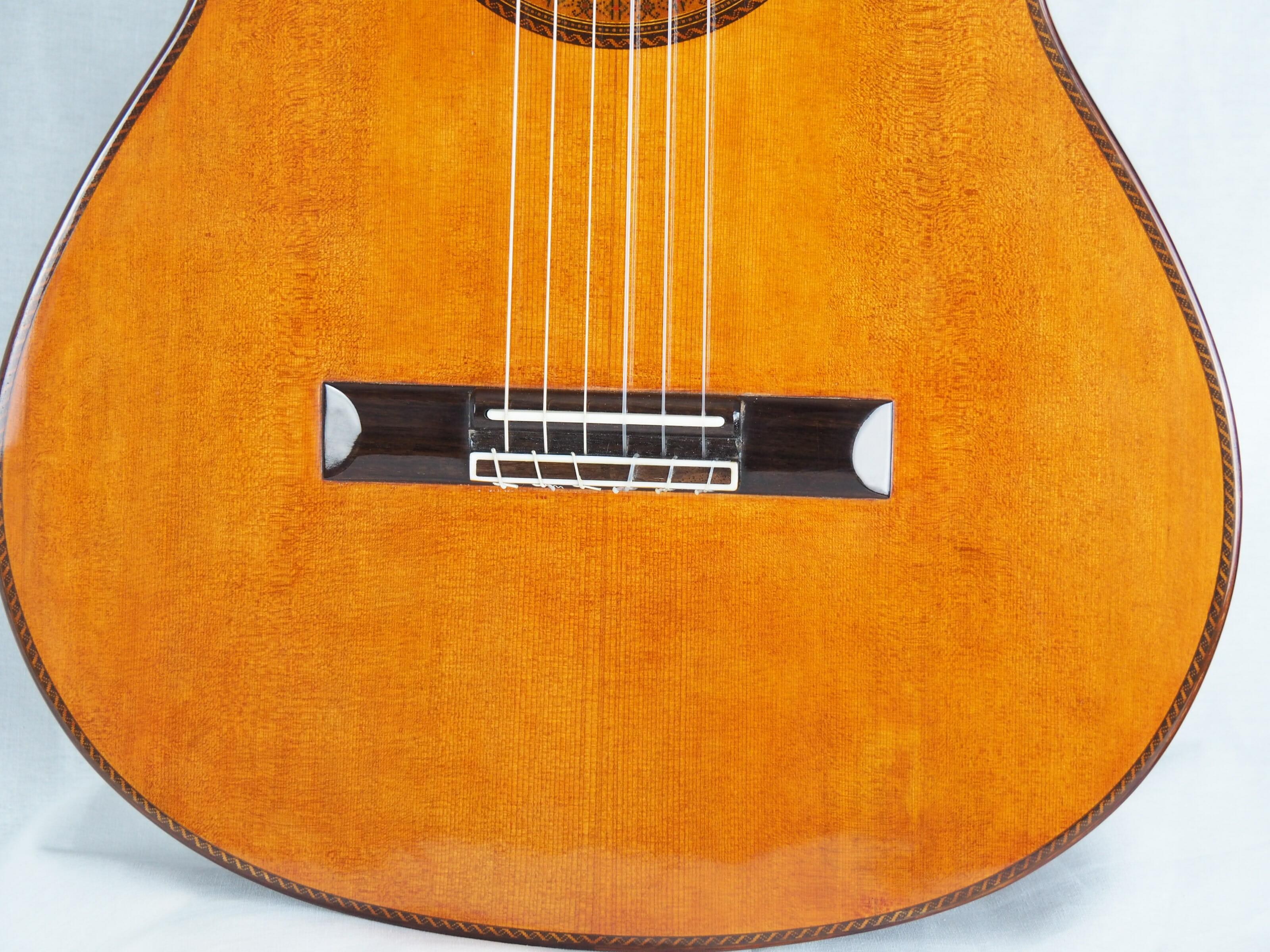 Dieter Hopf Luthier guitare classique Evolucion No 19HP180-10