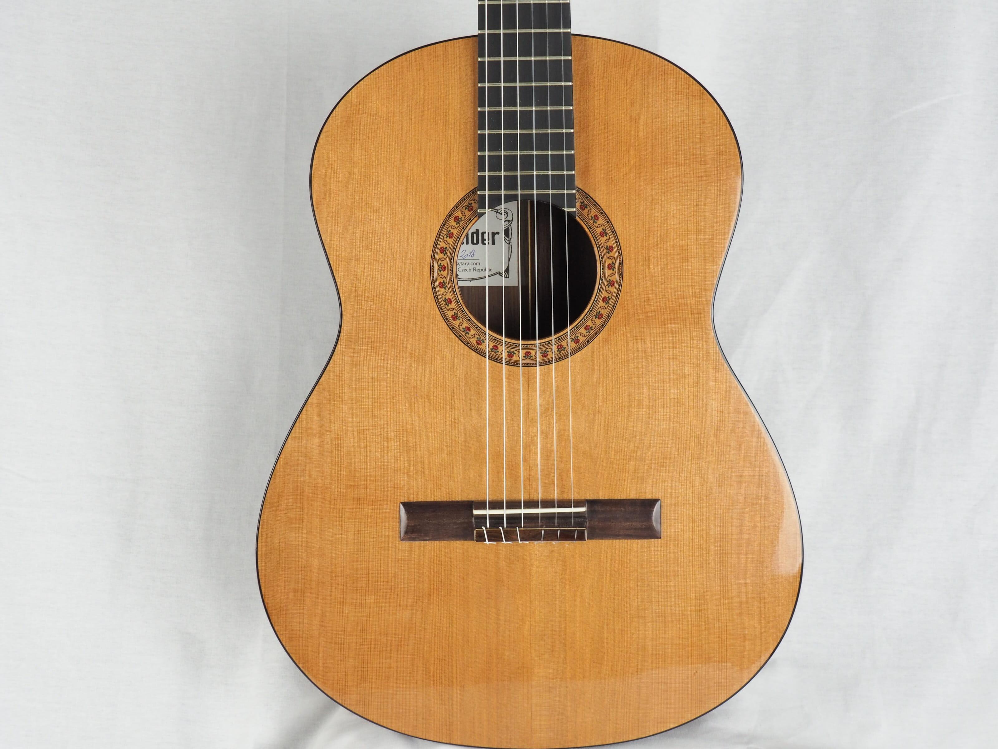 Jan Schneider guitare classique luthier No 19SCH454-07