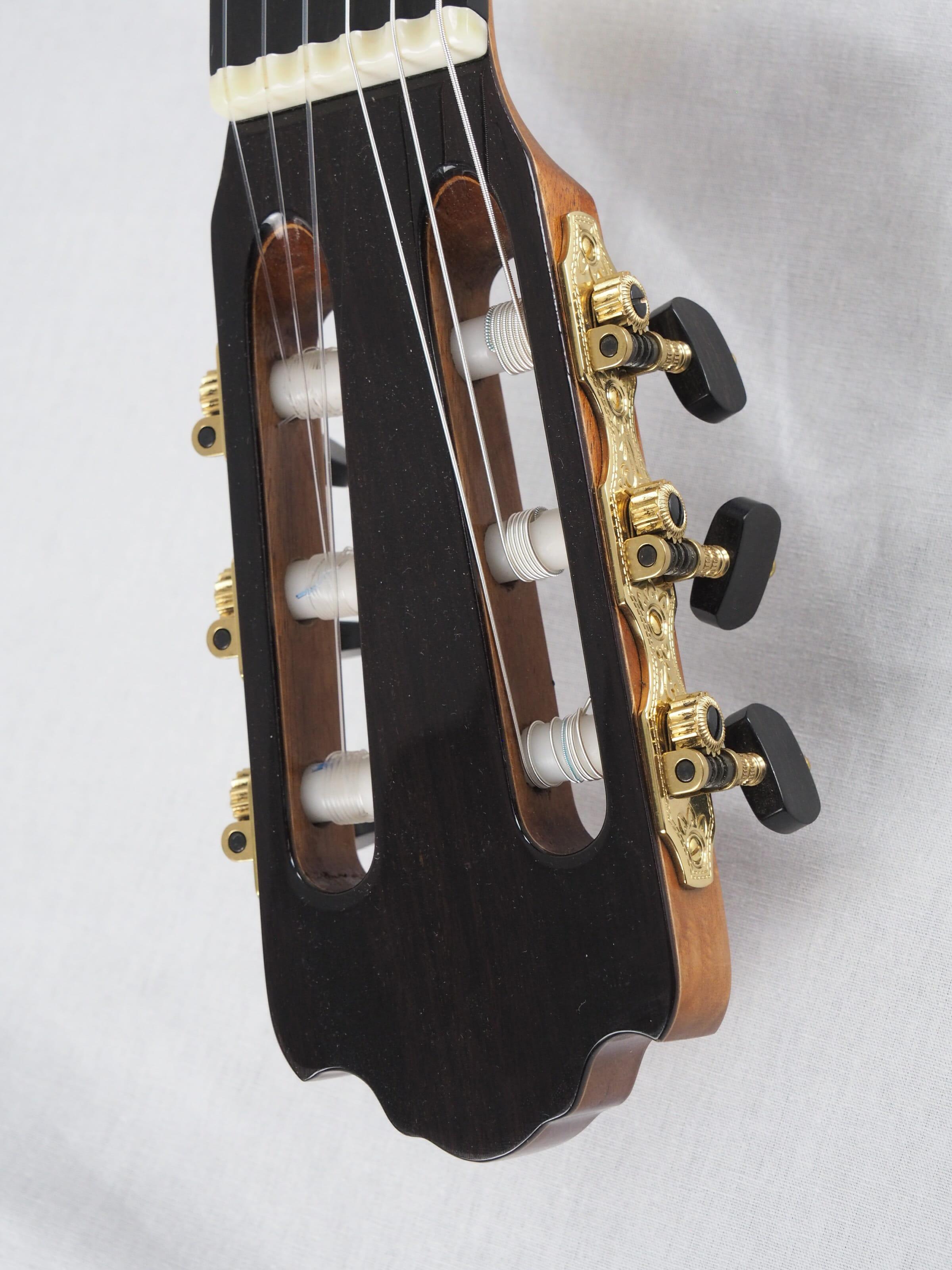 Jan Schneider guitare classique luthier No 19SCH454-01