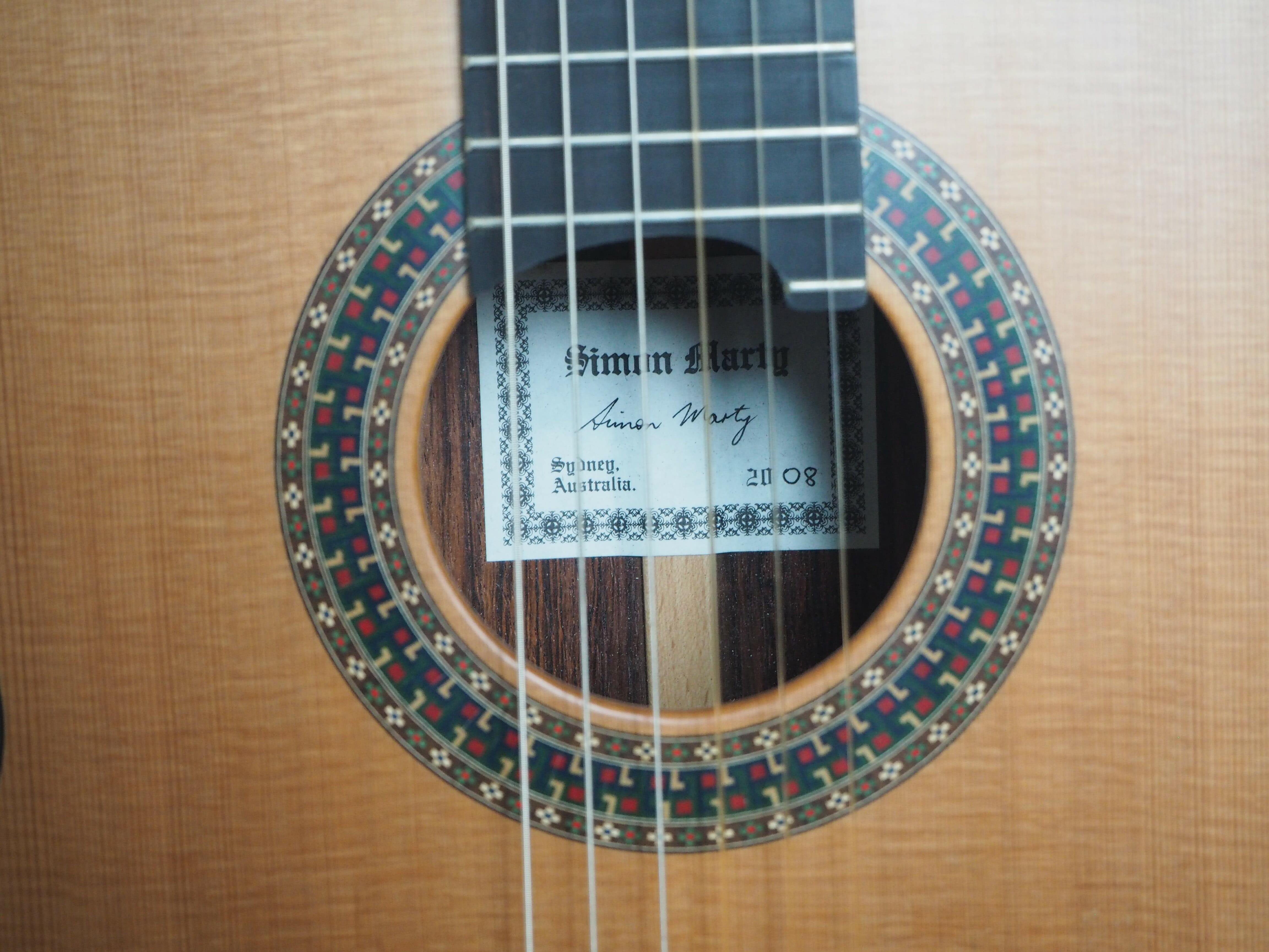 Robin Moyes luthier guitare classique barrage radial à la Simon Marty